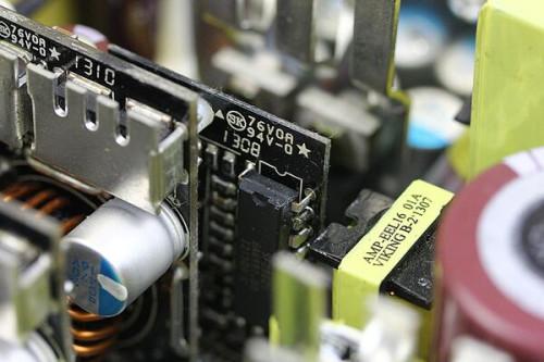 怎么判断电脑电源坏了 主板不通电解决方法